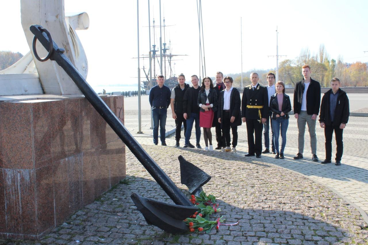 323 годовщина со Дня создания регулярного Российского Флота