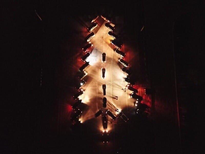 30 декабря планируется авто елка , приглашаются все желающие на авто, в 19:00 на рынке.