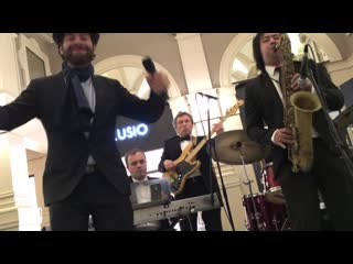 Jazz Systems  Лев Эльгардт - I Love You Baby. Концерт на открытии FASHION HOUSE Outlet Centre