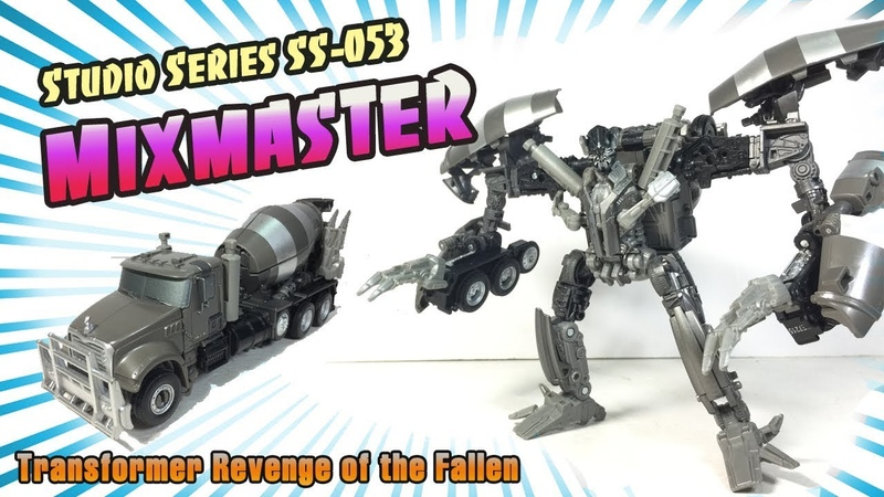 Studio Series SS 53 Voyager class Constructicon Mixmaster RotF Review