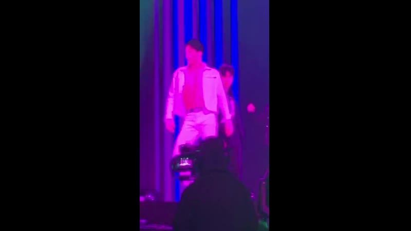 Kai ✘ superm 200228 we are the future tour live ⋙ confession