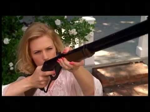 Mad Men Betty Draper hates pigeons