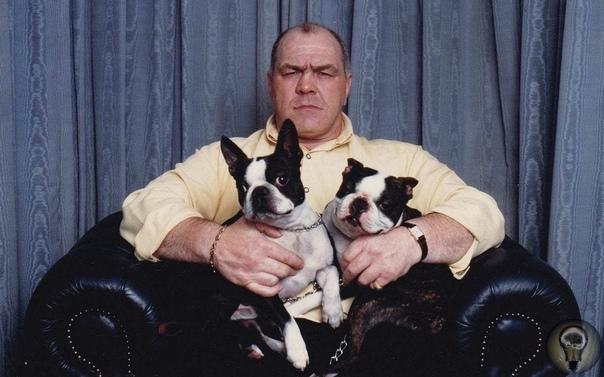 Ленни Маклин величайший подпольный боец Британии. Помните, в фильме «Карты, деньги, два ствола» был такой персонаж, Барри «Креститель» Настоящее чудовище, прожженный уголовник, который получил