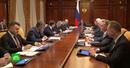 Медведев призвал ускорить реализацию нацпроекта «Безопасные и качественные автодороги»