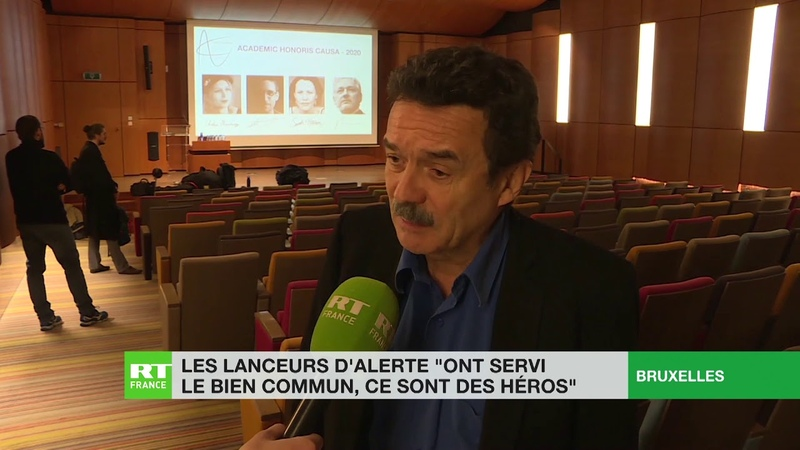 Les lanceurs d'alerte «ont servi le bien commun, ce sont des héros» rappelle Edwy Plenel