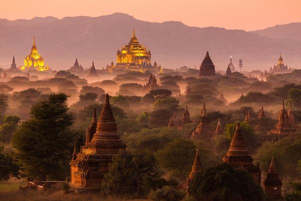 Утро в Багане, Мьянма