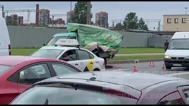 Авария на Митрофаньевском шоссе