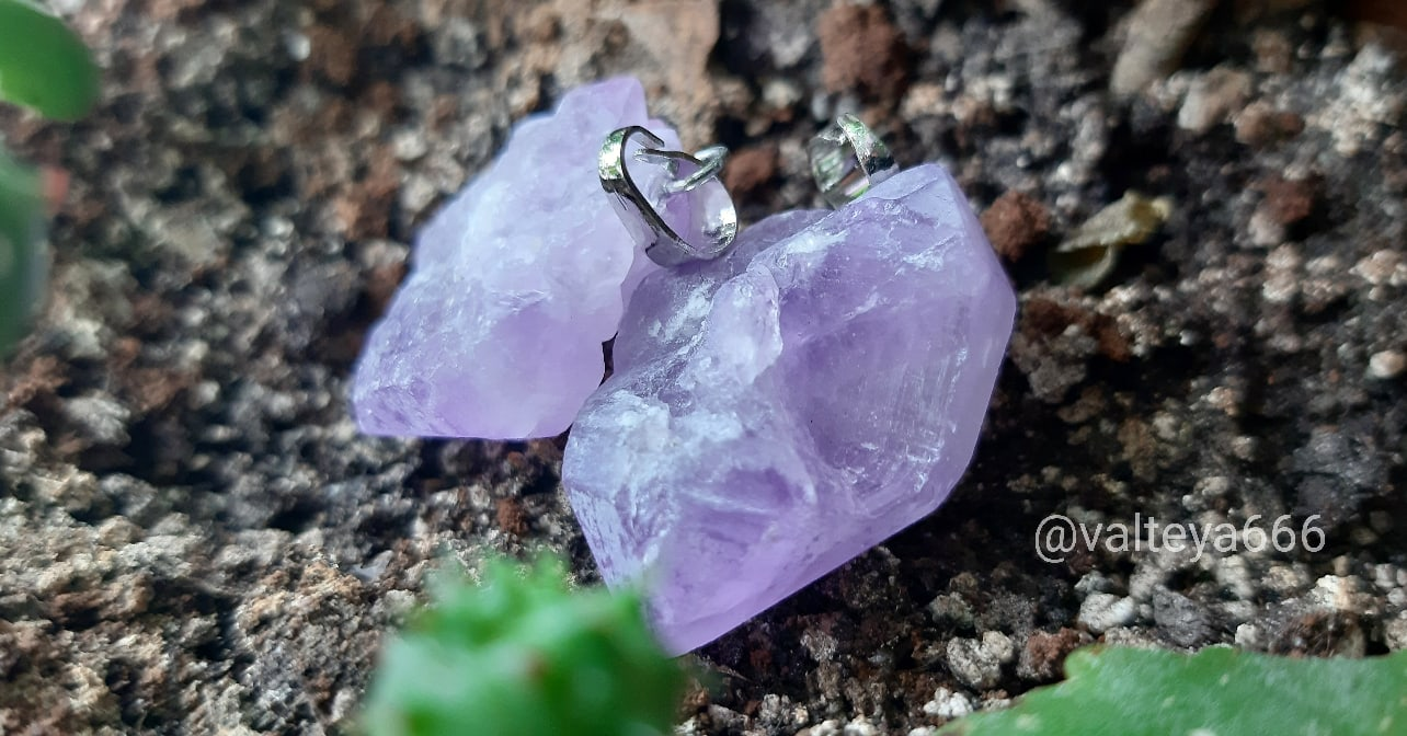 Украина - Натуальные камни. Талисманы, амулеты из натуральных камней - Страница 2 7CGq8kYU5J4