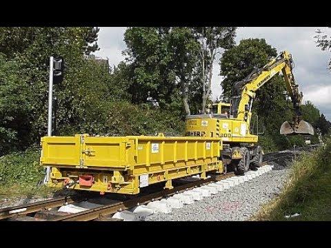 Schienen Bagger schottert Bahn Gleis