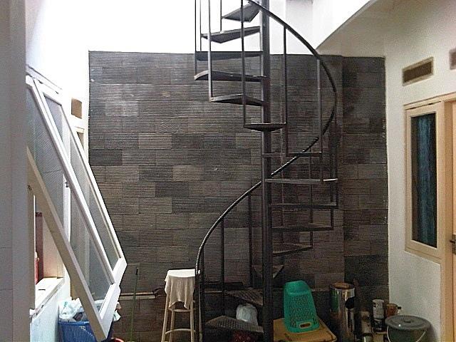 Лестница из профильной трубы своими руками: чертежи и пошаговый монтаж, изображение №8