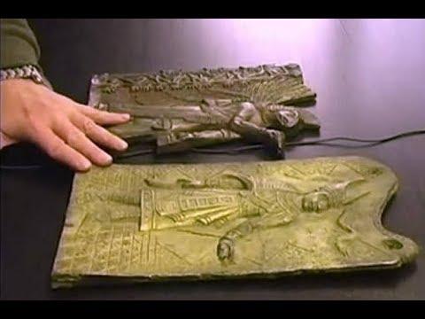 Археологи в тайне от властей Египта проникли под Сфинкса и остолбенели.Библиотека Атлантиды как есть