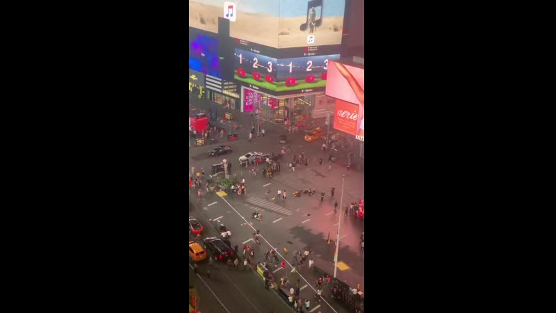 People fleeing and hiding from timessquare after suspected live shooter