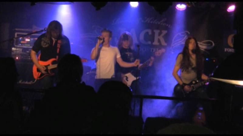 Loudguns Jenny's on the run LIVE 24 8 2011