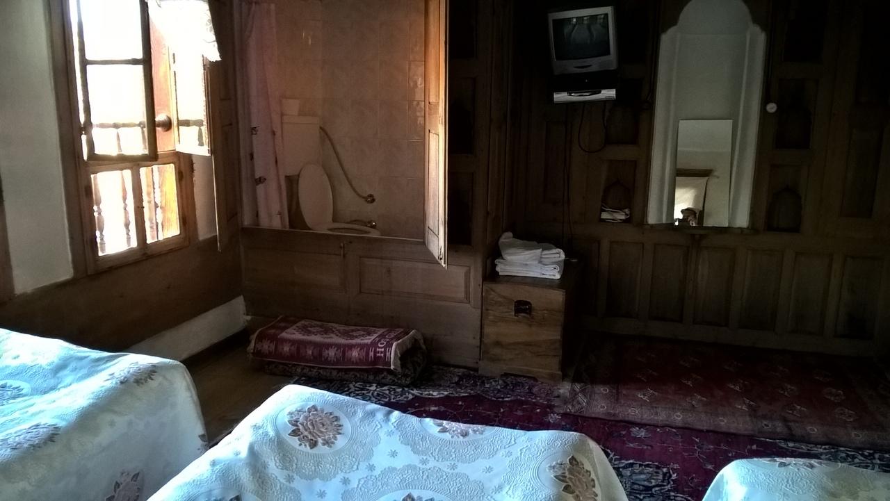 Туалет в спальне в конаке в Сафранболу