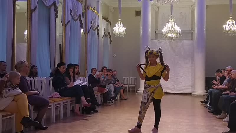 стиль КЭЖУАЛ 9-12 лет № 8 Вера Магия цвета или девочка с козлом