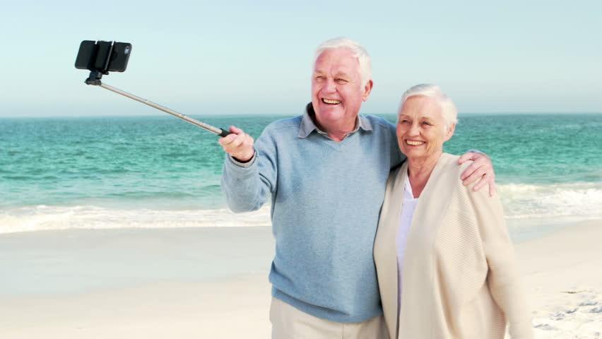 бодрые пожилые люди