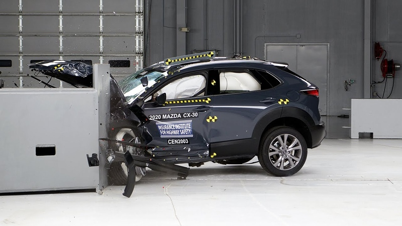 2020 Mazda CX 30 driver side small overlap IIHS crash test