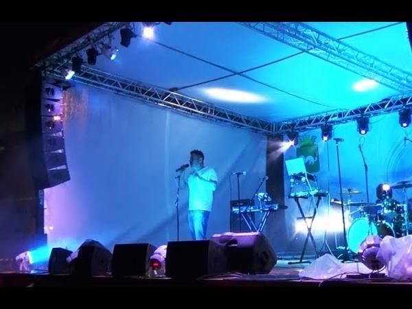 Андрей Картавцев исполняет свою любимую песню концерт г Тара