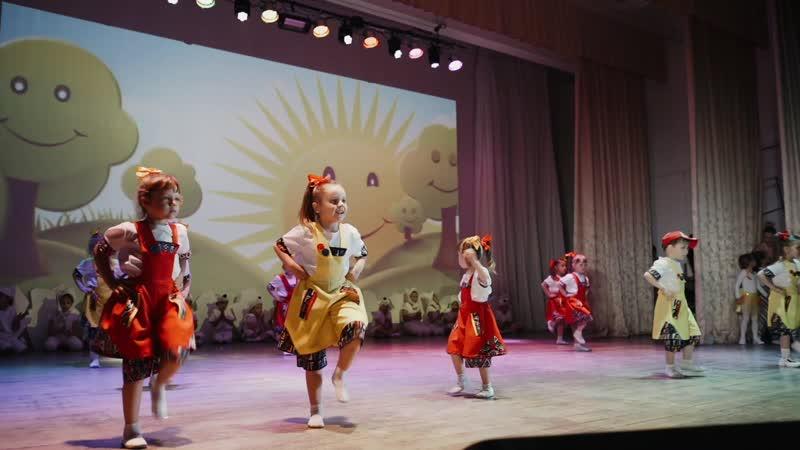 Чик и Брик детские студии нск шоу-балета M-PARTY студия шк 12 (тренер Н.Маркина)