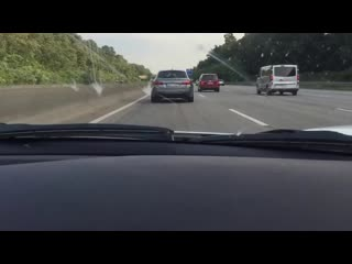Ferrari 488 GTB 341 kmh Autobahn(720P_HD).mp4