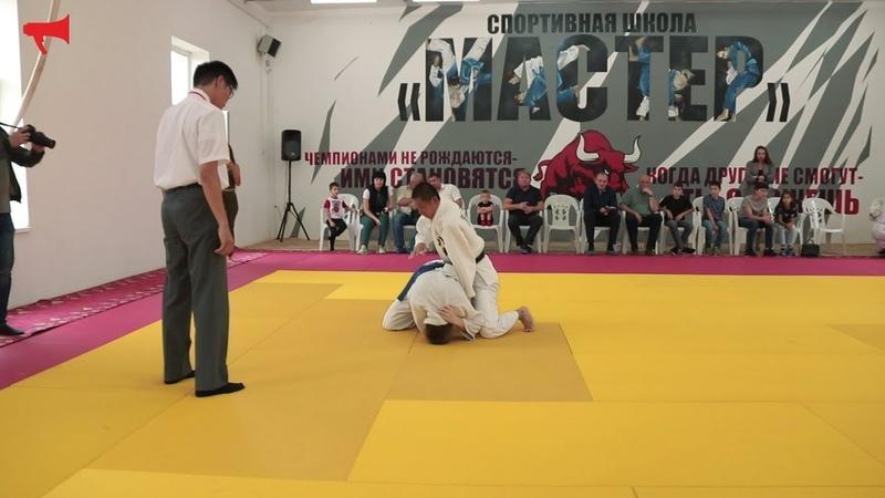 Матчевая встреча по дзюдо сборной команды Приморья и сборной префектуры Тоттори Япония