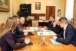 Игорь Артамонов провел рабочую встречу с руководством компании EGIDA
