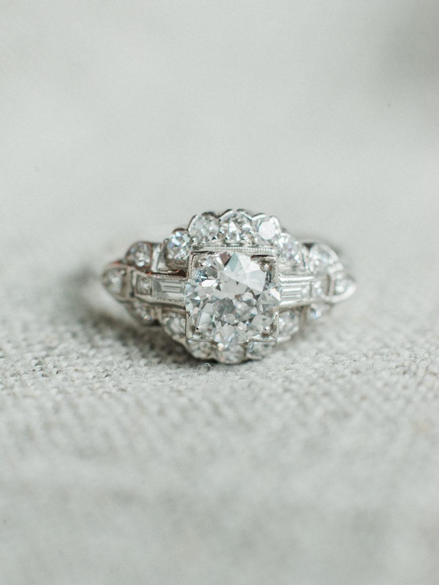 svwIWaj7uU0 - Обручальные кольца в стиле Арт деко