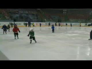 """Тренировка самых юных хоккеистов ДЮСШ ХК """"Югра"""""""