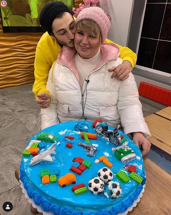 Иосиф Оганесян и Саша Черно огласили пол своего ребёнка