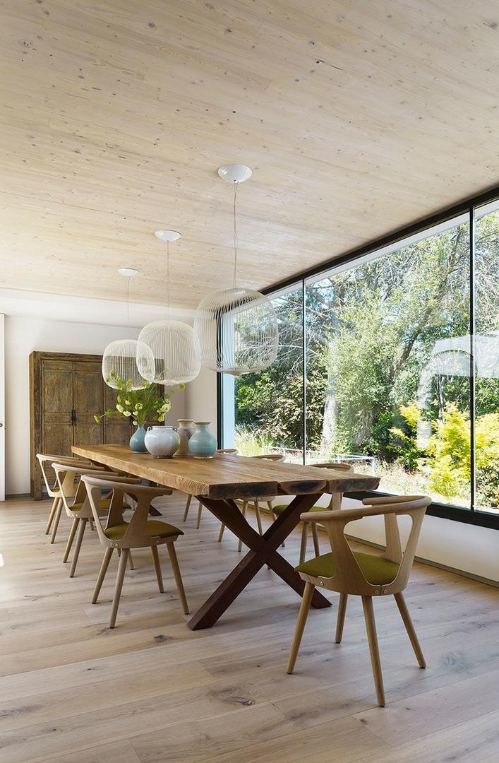 Современный дом в окружении зелени и природы: вдохновляющий интерьер в Испании || 02