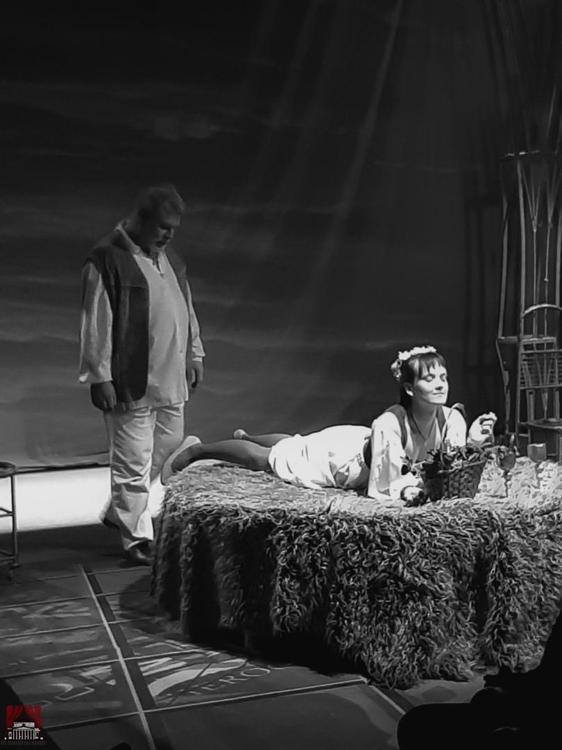 «Старый новый Фауст» — как надо рассказывать эту историю по версии театра «Луны»., изображение №4