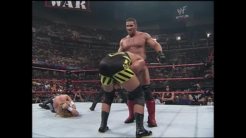 WWF Raw Is War 29 06 1998 Ken Shamrock vs Triple H vs Owen Hart