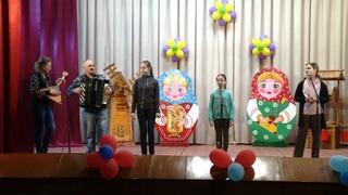 Семейная пара из села в Тамбовской области около полувека ухаживает за местным домом культуры