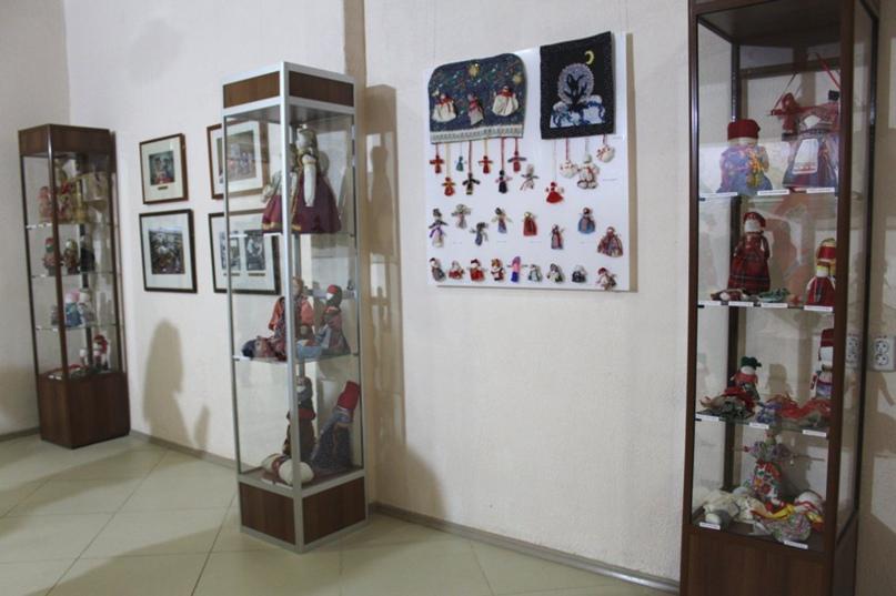 Куклы-обереги мастерицы из оренбургской глубинки выставили в музее