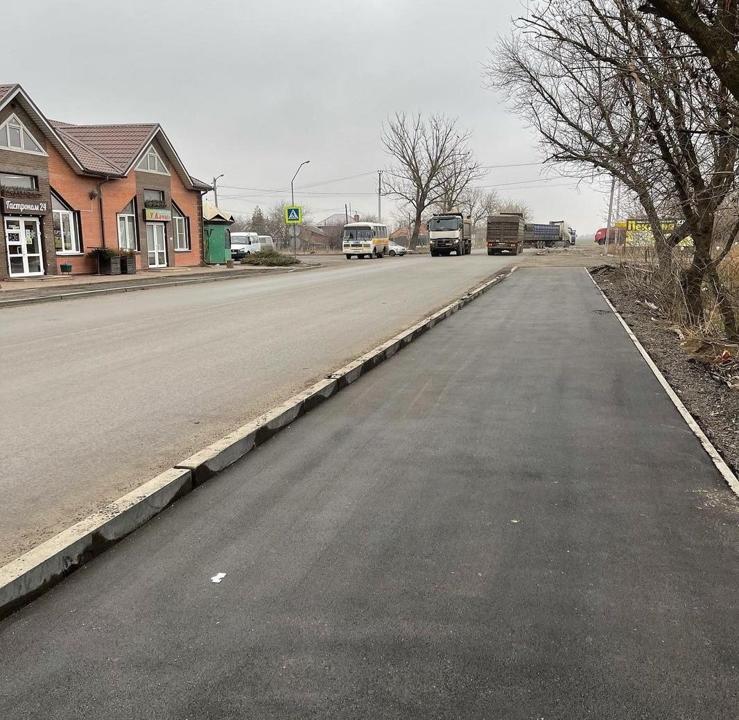 В Азове продолжается реализация национального проекта «Безопасные и качественные автомобильные дороги» в 2020 году.🚘🚍🚔🚖