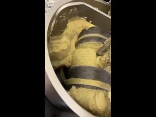 """Videó: """"Масляный дворик"""" сыродавленное масло"""