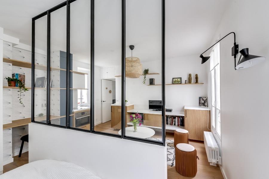 Интерьер студии 30 м в Париже.