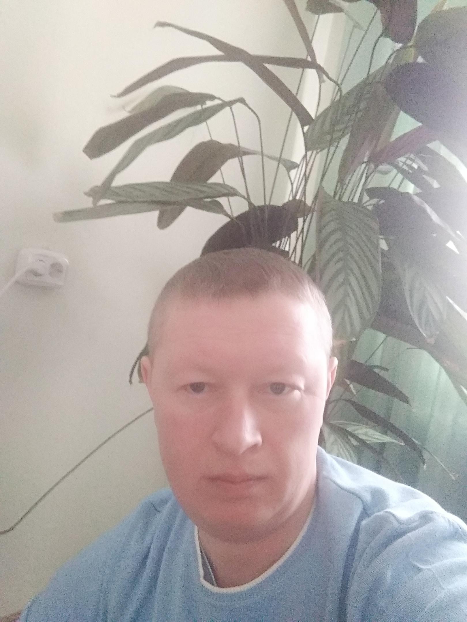 Михаил, 40, Kirillov