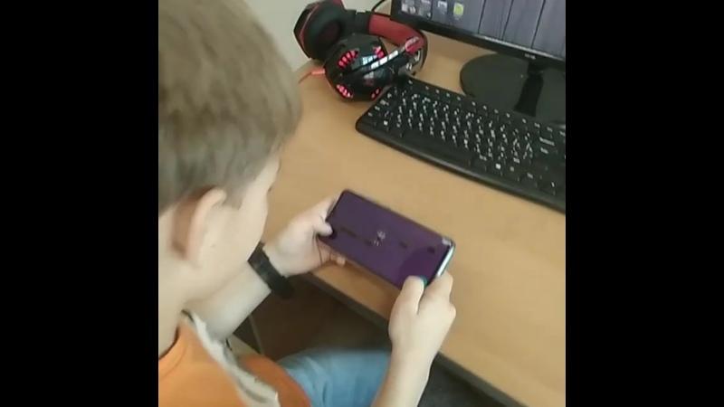 Сам сделал игру, сам скомпилировал на свой смартфон, сам поиграл и с друзьями поделился ссылкой. Это и есть настоящее программир