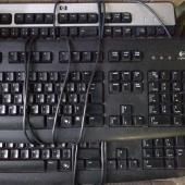 Клавиатура Logitech Deluxe USB б.у.