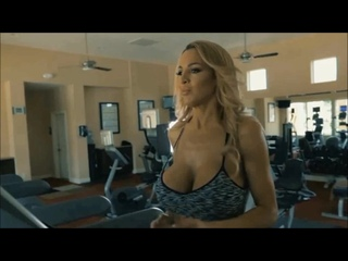 Jordan Carver how to stay in good shape and keeps fit