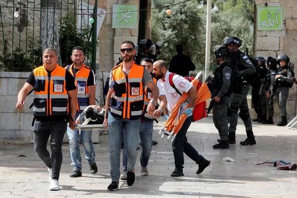 В Восточном Иерусалиме в результате беспорядков ранены сотни людей