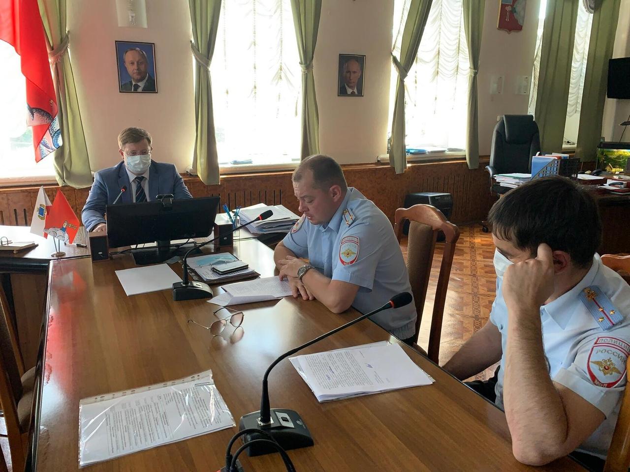 Состоялись заседания двух муниципальных межведомственных комиссий - антинаркотической и по профилактике правонарушений