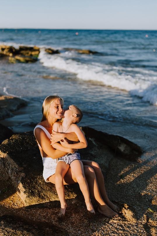 Семейная фотосессия в Феодосии - Фотограф MaryVish.ru
