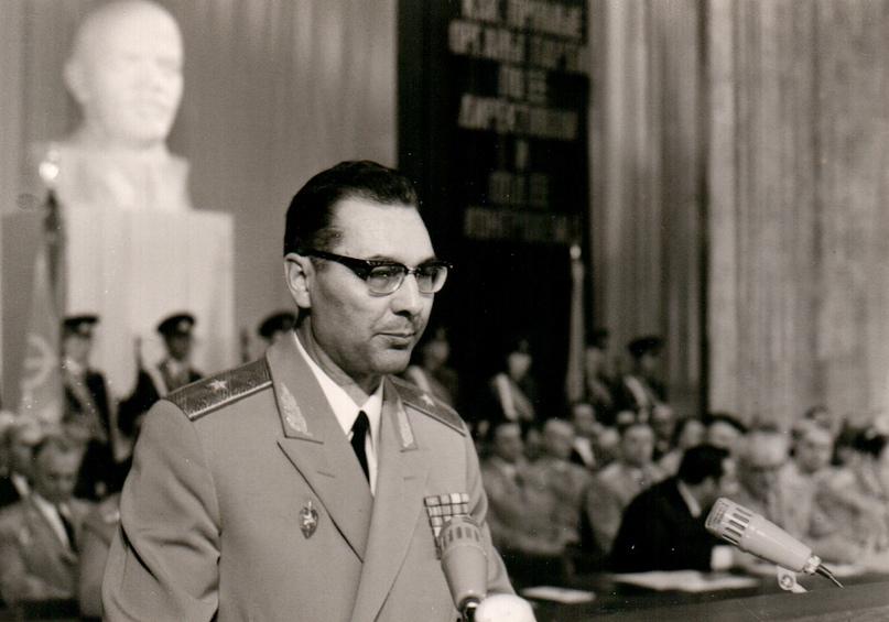 Агеев Гений Евгеньевич (30 октября 1929 — 11 января 1994) — советский государств...