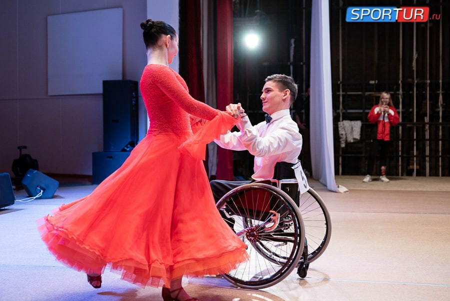 Можгинец Тимур Низамбиев принял участие в первом республиканском фестивале-конкурсе по танцам на колясках