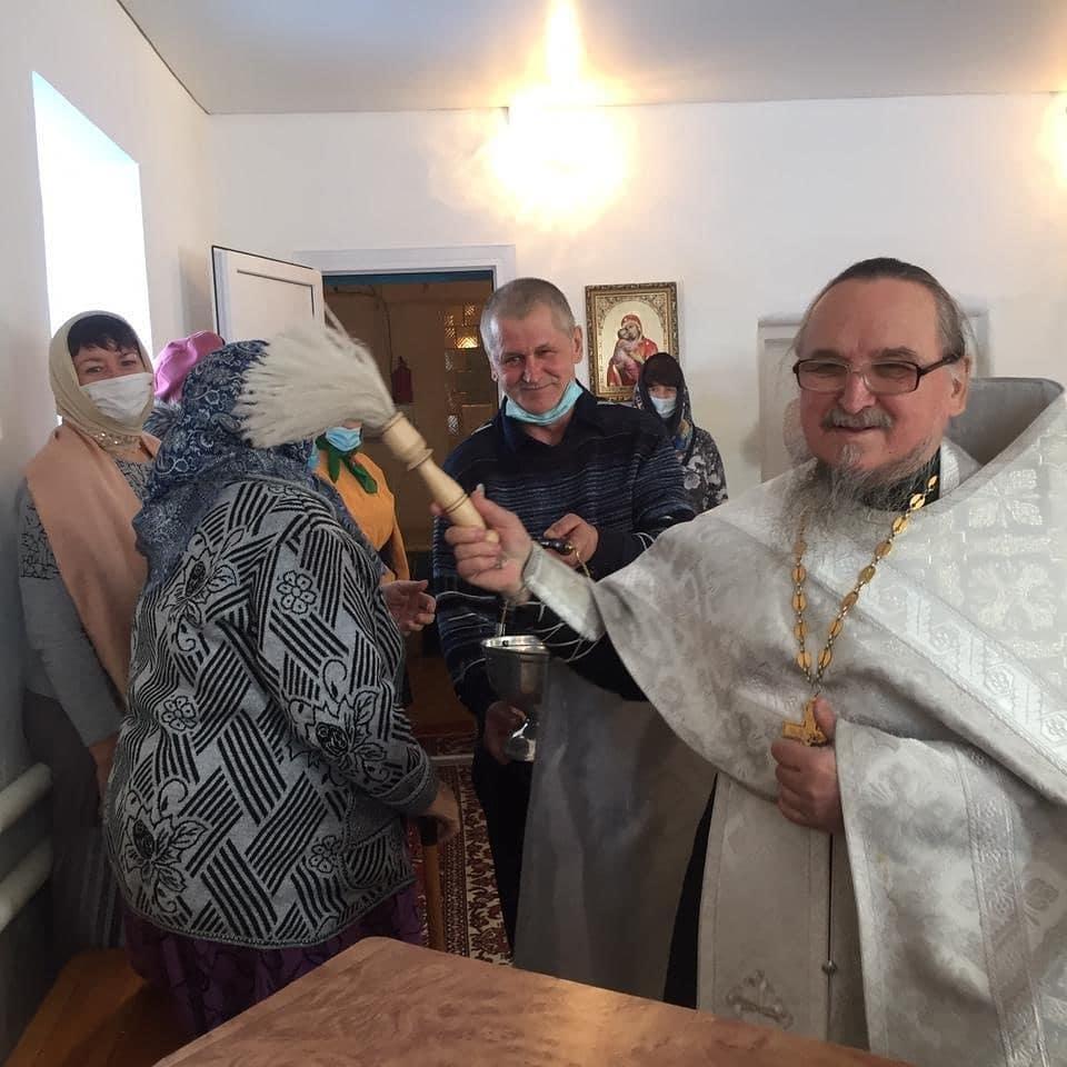 В последний июньский день 70-летний юбилей отметил настоятель храма Всех Святых села Таволожка Петровского благочиния священник Павел НОВИЧКОВ