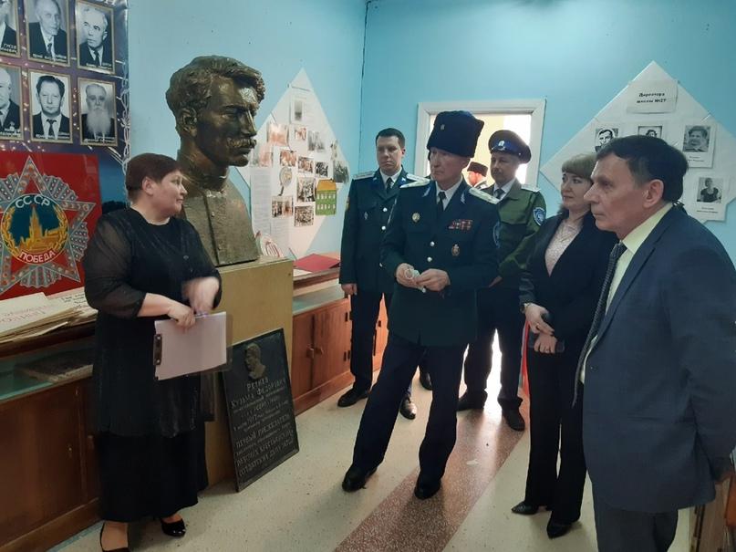 Приезд генерала В. И. Романова в г.Касли., изображение №5