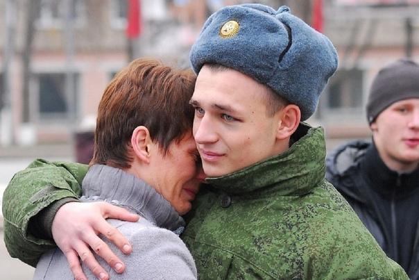 1 октября в России стартовал осенний призыв в арми...