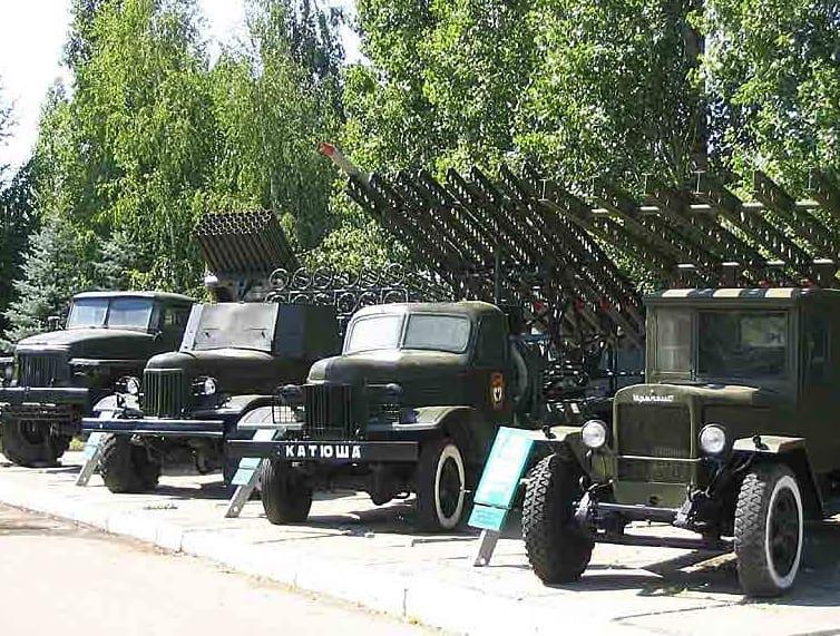 80 лет назад, 21 июня 1941 года, на вооружение Красной армии была принята многозарядная реактивная пусковая установка БМ-13 («Катюша»)